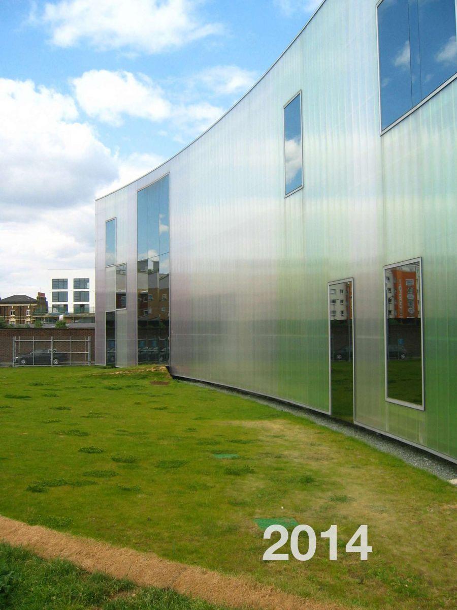 Tấm tường lấy sáng Polycarbonate CHLB Đức