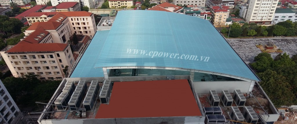 Hướng dẫn vệ sinh mái Polycarbonate